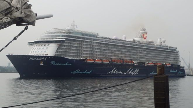 Hangos szex miatt az első napon véget ért a karibi hajóút