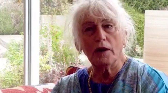 81 éves korában döntötte el: innentől nem férfiként, hanem nőként szeretne élni