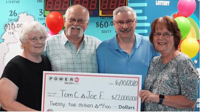 Beváltotta ígéretét a wisconsini férfi, aki elfelezte lottónyereményét legjobb barátjával