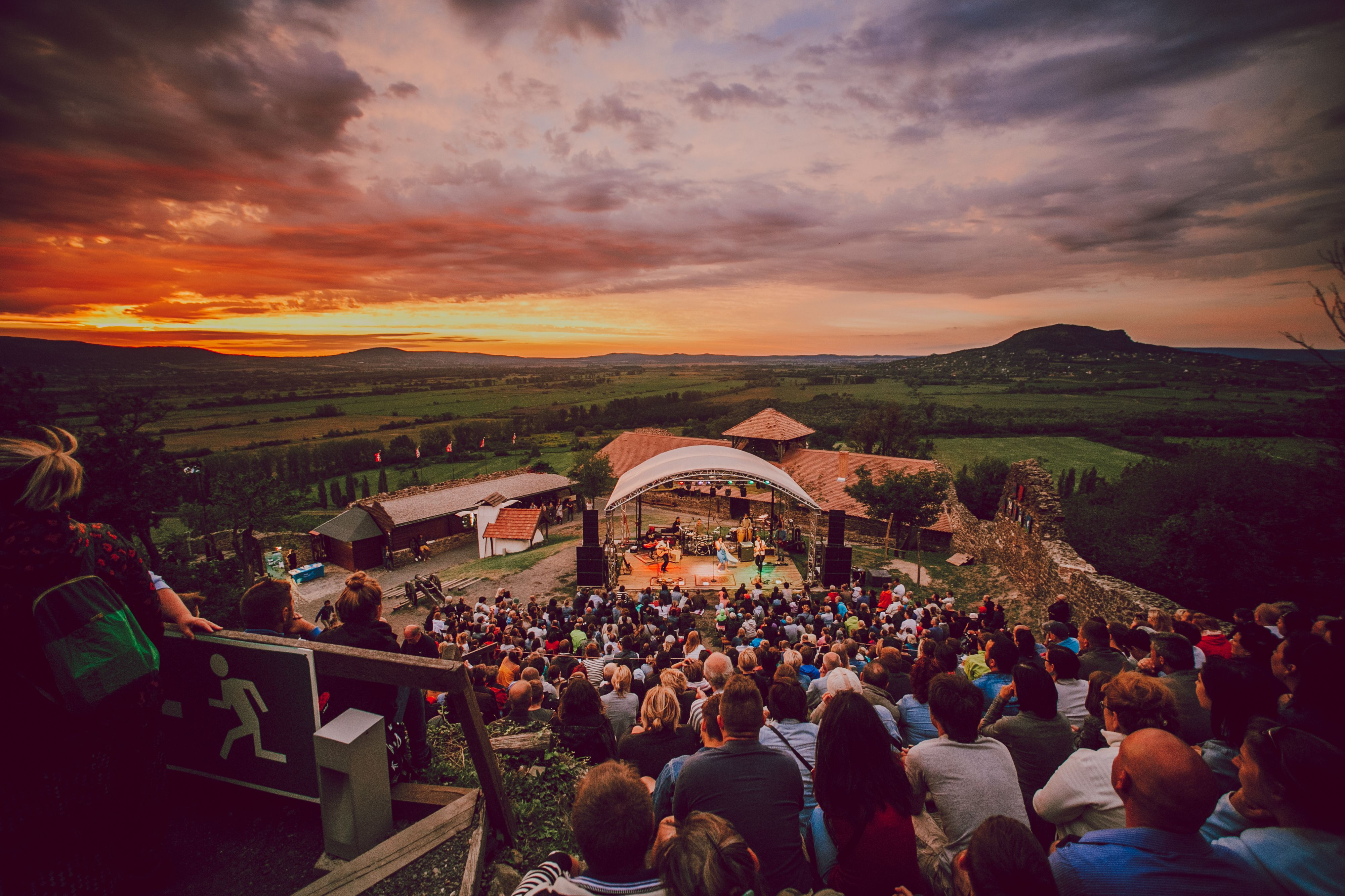 Világörökségi helyszíneken koncertezik a Margaret Island