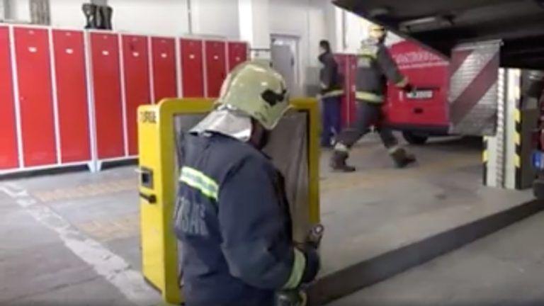 Olyan születésnapi köszöntést kapott a tűzoltó, hogy sosem felejti el