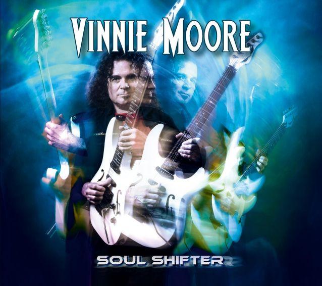 Barátokra és legendákra emlékező lemezzel érkezik Vinnie Moore januárban - Online Rádió - Egy Lépéssel Közelebb Hozzád! _ LépésRádió